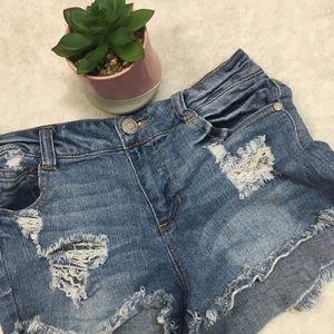 ❄Cut off-,high waisted shorts